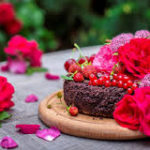 Cakes and Flowers to Make your Day Cheerful without even any Occasion