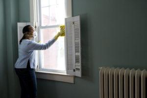 Deep cleaning Window